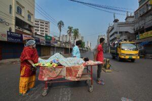 Photographer of the year Bangladesh, ABP Trophy: Md Saiful Amin, Photo Title:  Corona Pandemic in Dhaka, Country Bangladesh